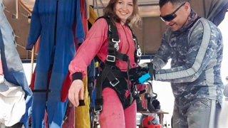 ЯМ: Skydiving / Первый прыжок с парашютом🙈 part 2