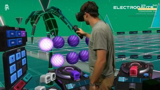 Monstercat x Electronauts VR - GAMEPLAY + BEHIND THE SCENES  🎶