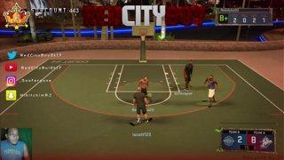 NBA 2K17 STREAKING GLITCH !!