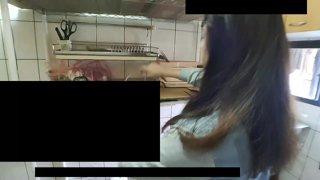 精華片段:【夜雨】週六廚娘台!今日挑戰馬卡龍,晚一點做雪Q餅