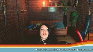 E-girlfirend Dungeon Mistress Gamer basement set up stream