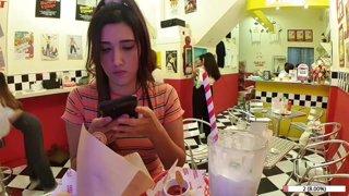 American style diner  🍔🥛🧁- Bangkok (TTS $2/100bits) !keth !socials