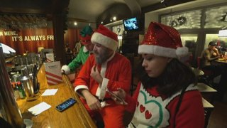 SANTA AND HIS HELPERS IN PRAGUE | EURO TOUR DAY 8