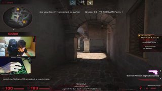 ScreaM playing MM with chiken