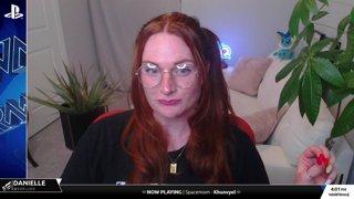 Community PLAYSTATION Steam w/Dani - Nora's Tuesday Choice