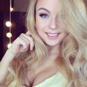 CorlayOn Twitch avatar