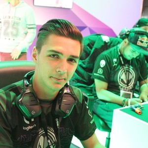 PasTeeK - Twitch