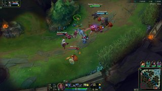 Bot lane gank - triple kill