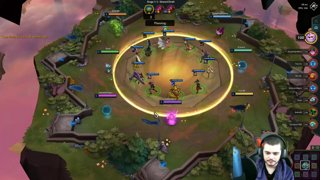 Highlight: Playing PBE | Item Tierlist Coming Soon | !guide !comps