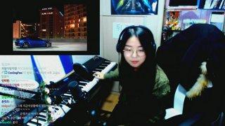 숑아는 피아노 요..요..요..괴
