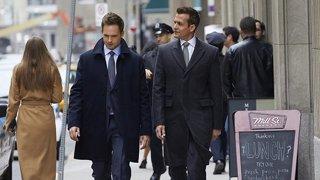 Suits Season 8 Episode 3 (Online)