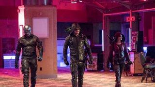 klor_ijo - Arrow Season 7 Episode 9 : Elseworlds, Part 2